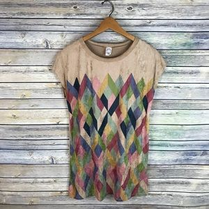Sun & Moon Suede-Like Diamond Geo Print Top